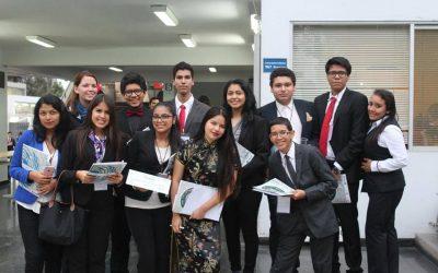 Participación del Club MUN del Colegio San Agustín en el PUCPMUN 2016