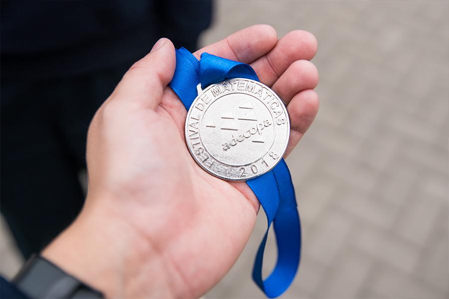 medalla adecopa