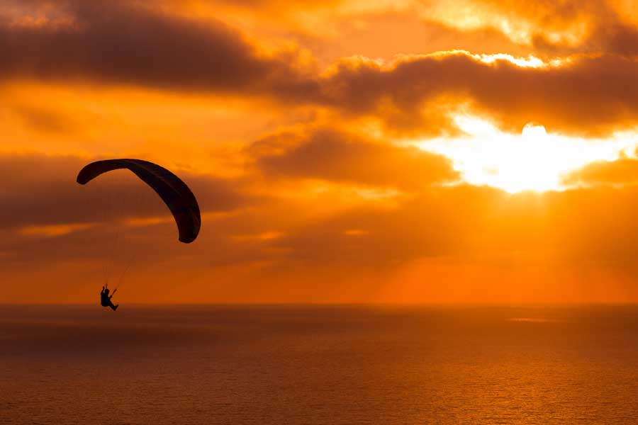 ¿Quién empacó hoy tu paracaídas de la vida?